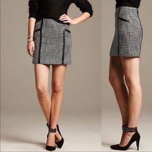 NWOT Banana Republic Piped Tweed Mini Skirt